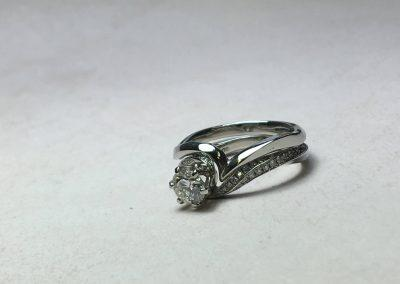 Platinum twist wedding band