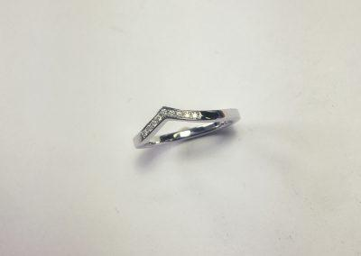 Wishbone Diamond Wedding band